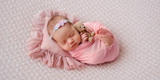 Nama Bayi Perempuan Awalan Huruf M Lengkap dengan Artinya